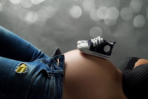 Am o burta zici ca sunt gravida