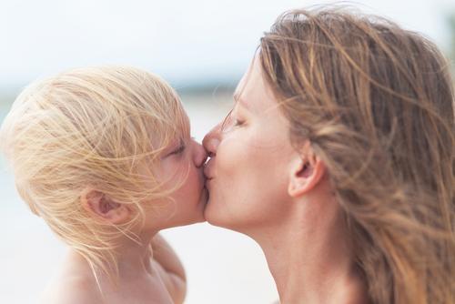 Dragoste conditionata Alfie Kohn Totul despre mame