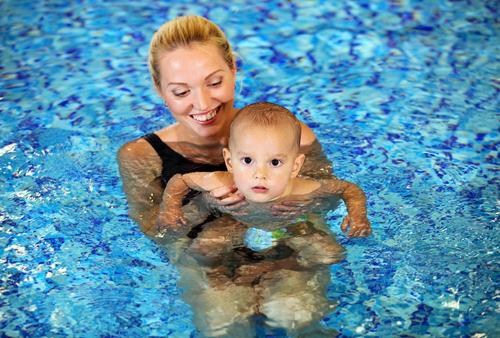 sport iarna Piscină mamă cu copil