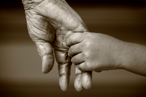 Bunica şi strănepoata | Totul despre mame