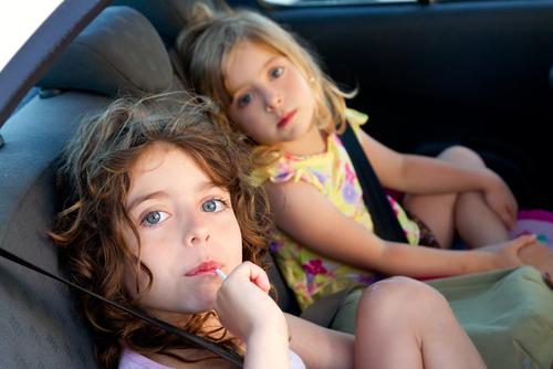 Calatoriile cu masina cu copiii / Totul despre mame