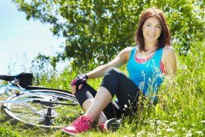 Sport în aer liber femeie bicicletă