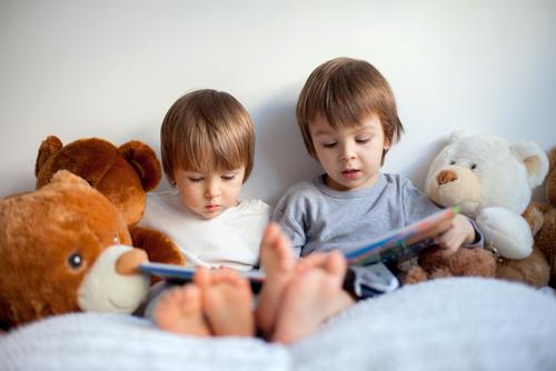 idei de cadouri băieți în pat jucării