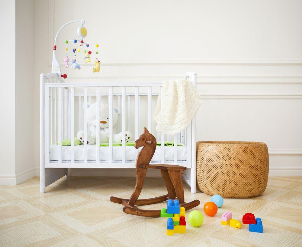 Imagini pentru Lumina din camera bebelușului