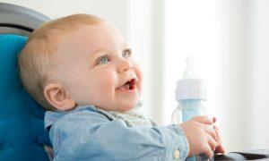 apa-pentru-bebelusi-totul-despre-mame