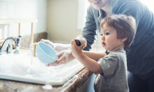 curatenie-totul-despre-mame
