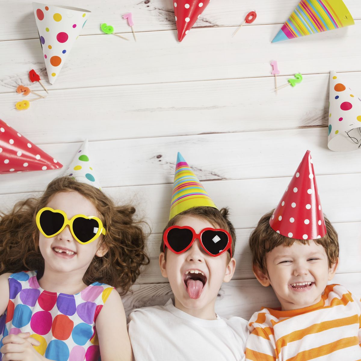 смешные фото детки на вечеринке еще