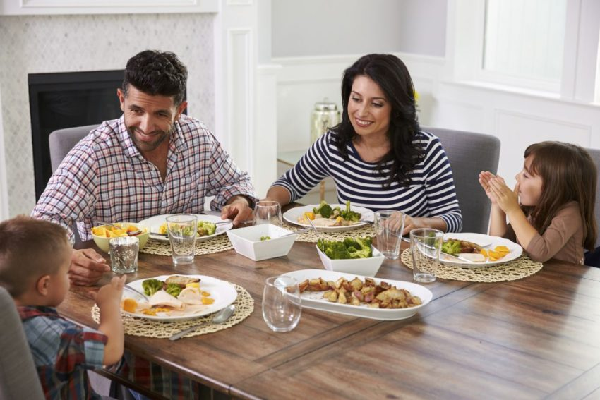 masa în familie Mindfulness la masă. Ghidul headspace pentru mâncatul conștient