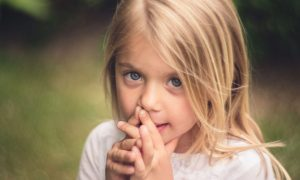 Rețete împotriva îngrijorării. O abordare prin joc a anxietății și fricii copiilor