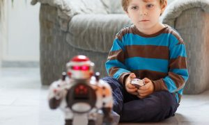 cadouri pentru băieții care iubesc roboții
