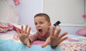 copil furios