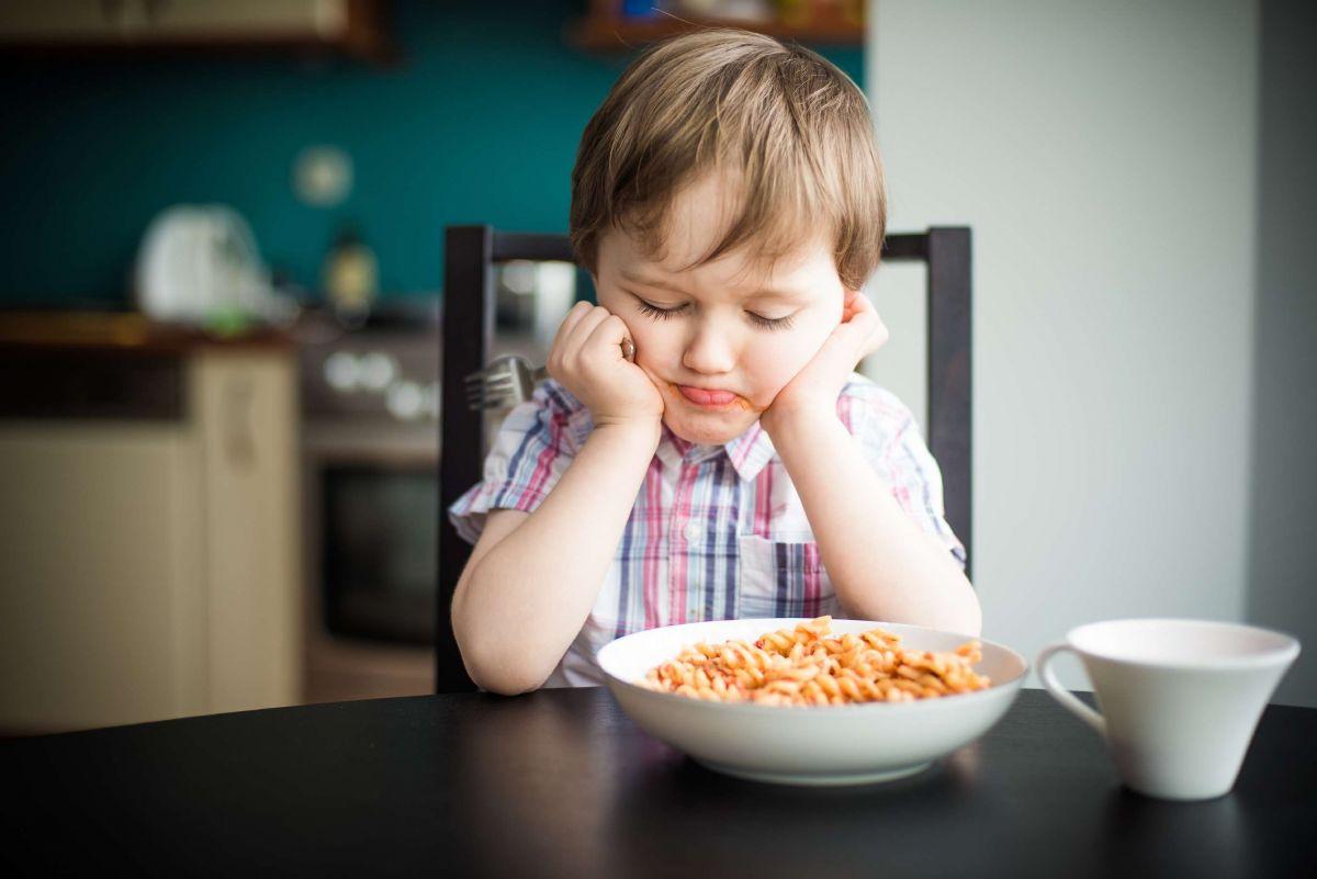Apetitul scazut la copii poate fi simptom de boala