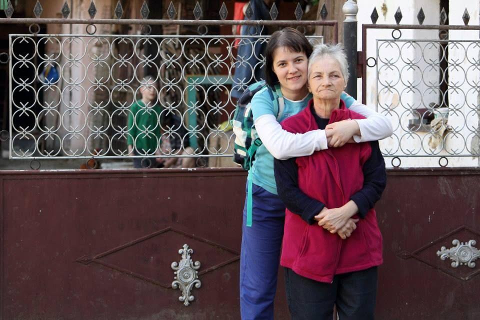 Marina, alături de mama ei, când încă boala nu o făcuse să uite tot