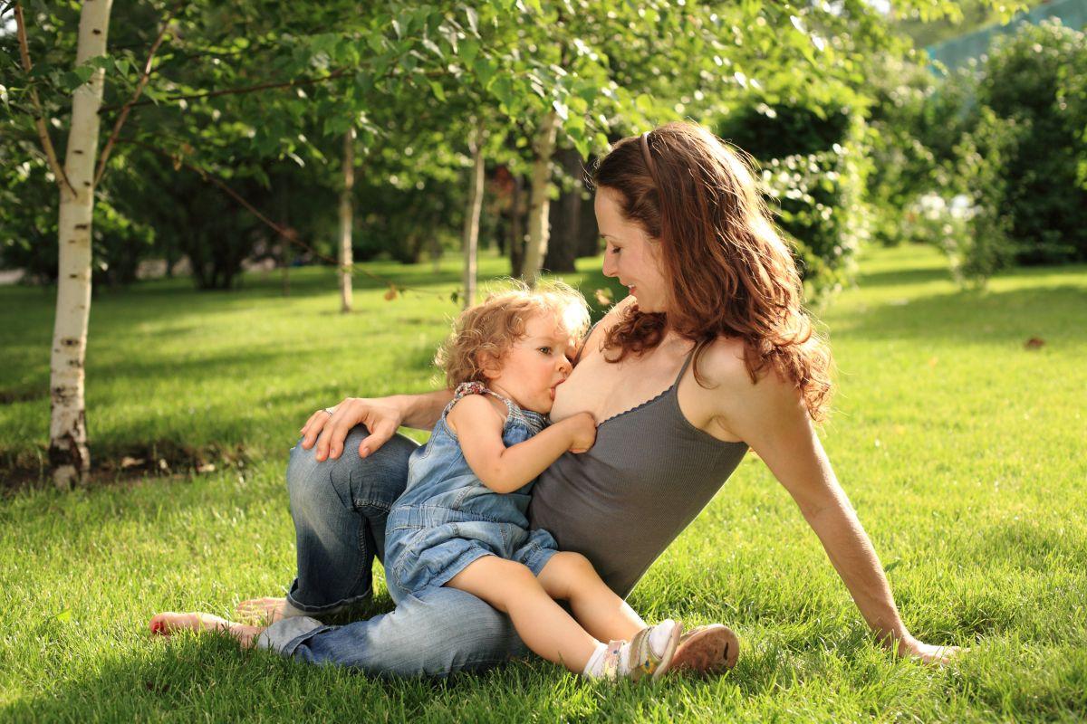 mama alaptare parc copii