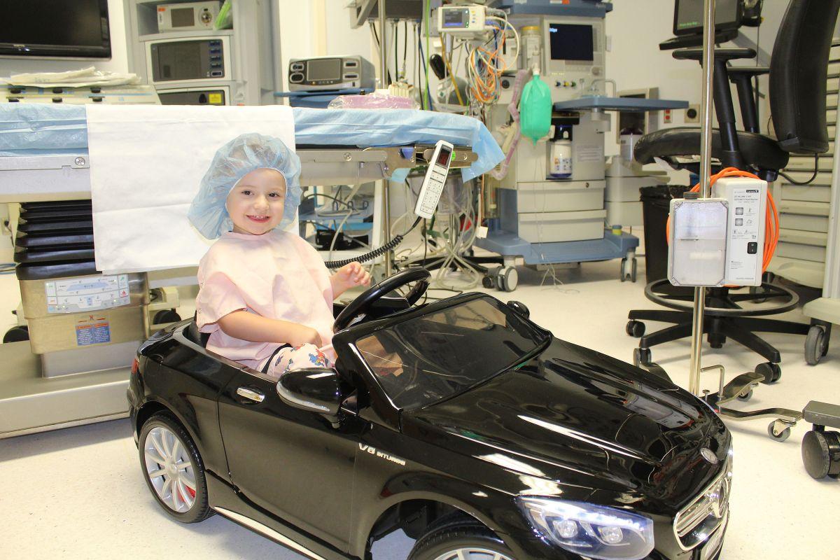 copiii merg la operație