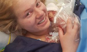 bebeluș prematur